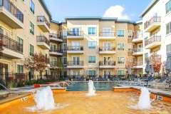 Jefferson-Las-Colinas_Buildings and Pool