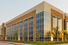 McKinney-Corporate -Center_Building Corner VIew2