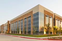 McKinney-Corporate -Center_Building Corner VIew