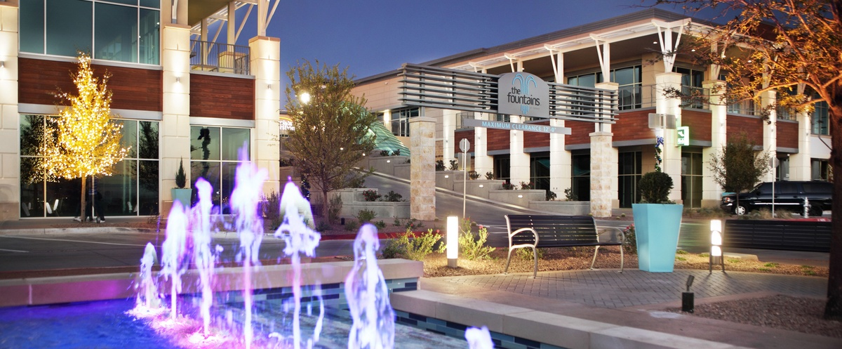 """Featured image for """"The Fountains at Farah<br><sup>ICSC U.S. Design & Development Awards 2015 Finalist</sup>"""""""