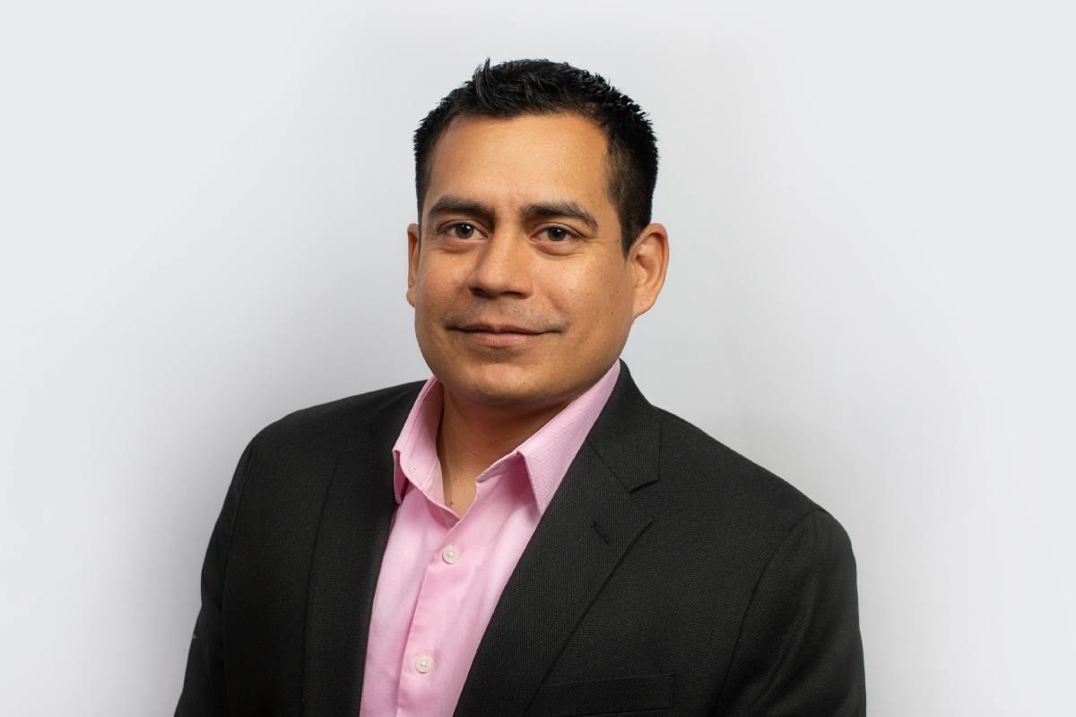 Rey Castillo Headshot