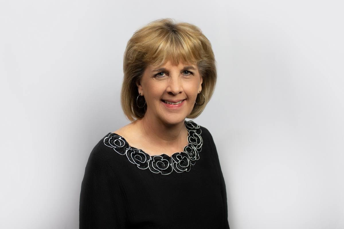 Kathy Filbert Headshot