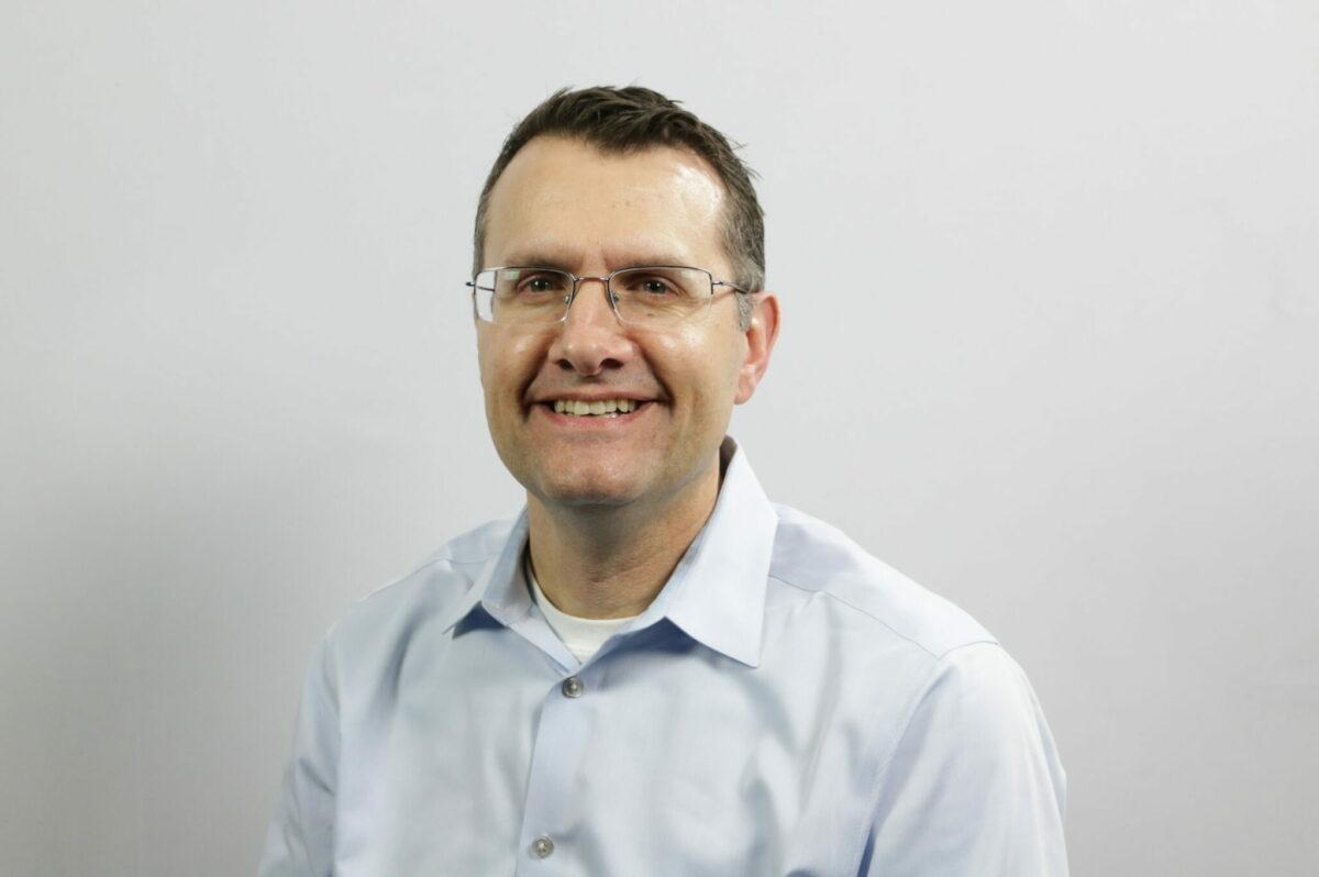 Robert Evans, AIA Headshot